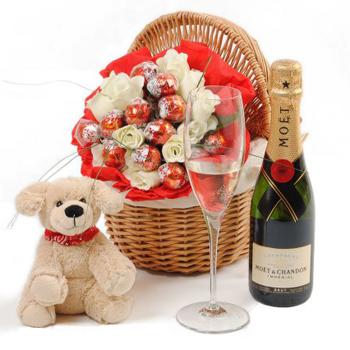 Cestas con regalos para San Valentín
